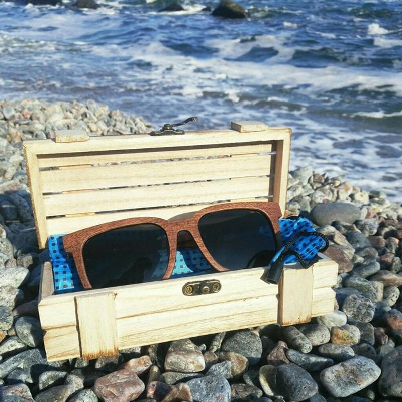 Ochelari de soare din lemn, lentila neagra