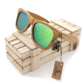 Ochelari de soare din lemn