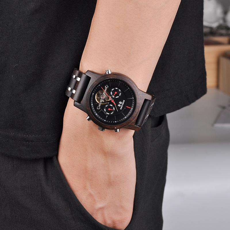 Ceas din lemn mecanic negru